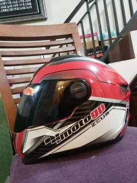 Dijual Helm Zeus FullFace kondisi mulus jarang dipake!!