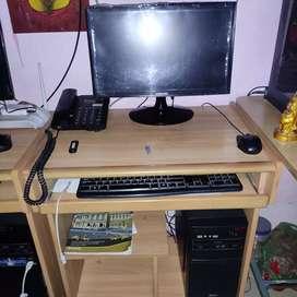 Desktop computer sale in urgent