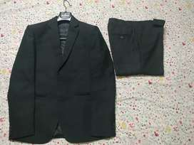Blackberry Black Suit( coat+ pant/trouser)(PAYMENT IN CASH ONLY)