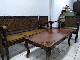 Kursi dan meja lengkap khas Betawi dan Antik