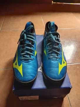 Sepatu futsal Mizuno Basara Sala Pro
