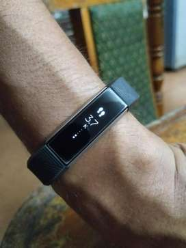 Fitbit Alta Fitness Tracker with Spare Strap and Screen Guard