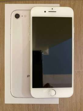 super condition i phone 8 available with full kit