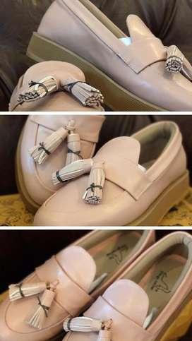 Dijual Sepatu The Things Corner