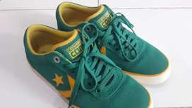 Converse Wells OX Alpine Green Size 40,5 fit 41