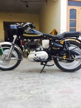 Royal enfield standard excellent condition 1977 model heavy crink