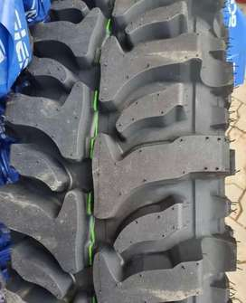 TYRES OFF ROAD JEEP GYPSY THAR MT MUD TEERAIN AUDI BMW BENZ TUBELESS