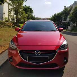 New Model Mazda 2 R automatic thn 2016, Best Price