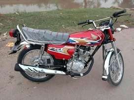 HONDA CG-125 , model 2020 , fresh condition.  Office used only