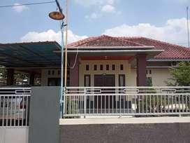 Dijual rumah dan tanahnya hanya 1km dari plaza bandarjaya