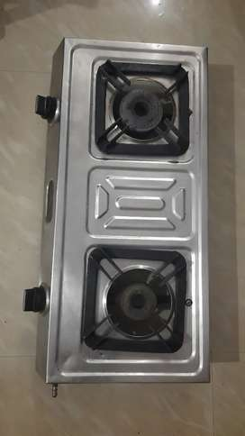 Gas stove cooking