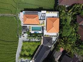 Luxury hotel dan restoran di jln batu mejan echo beach Canggu Bali