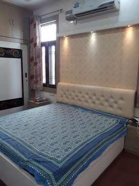 Dadudayal Nagar Indipendent Flat for girls