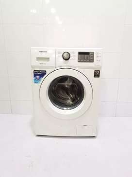 Front loading washing machine with heater technology