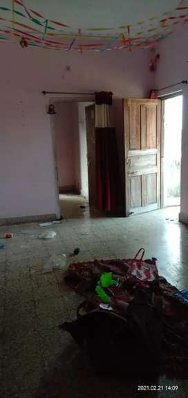 Main road facing house for rent