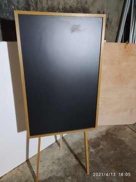 Papan tulis kapur Black Board