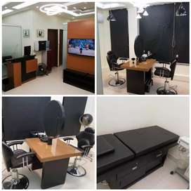 Running Beauty Parlour for Sell in Defance Phase 5