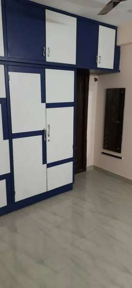 1 bhk is available in 3 bhk flat.