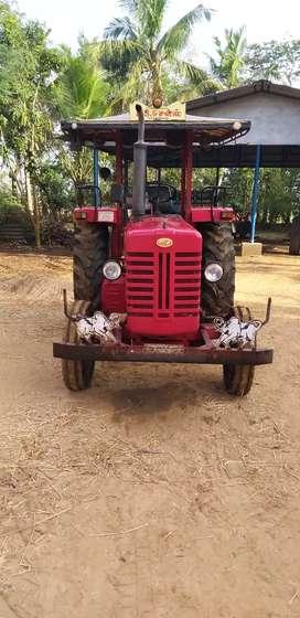 Tractor mahindra 475dl