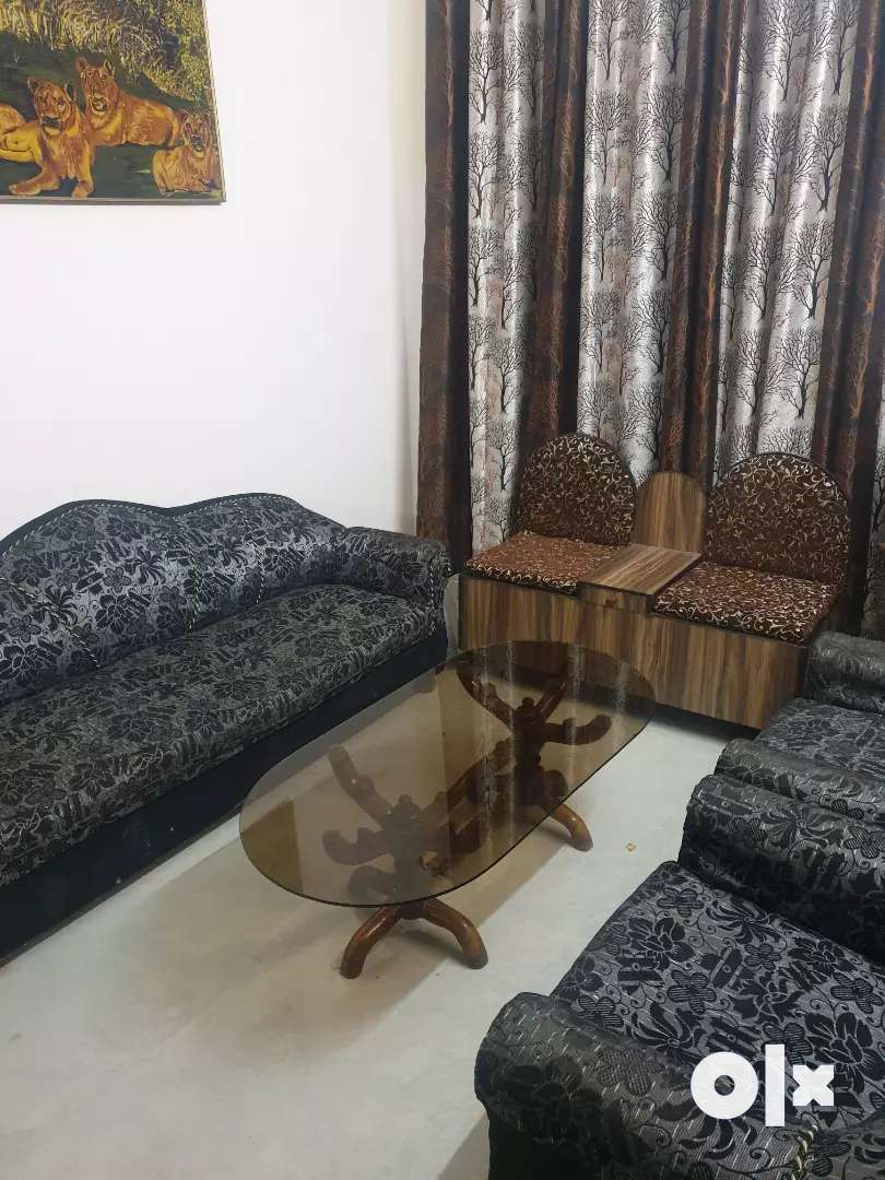 Fully furnished 3bhk newly built 0