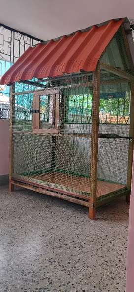 Wooden Love Birds  cage  for sale..