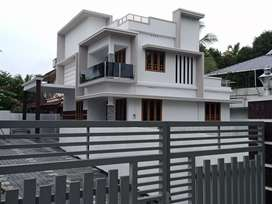 New build 4 bhk 1800 sqft 5 cent at aluva very close to kadungallur