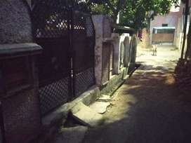 102 gaj, Hamza colony , good and comfortable area for this house ,