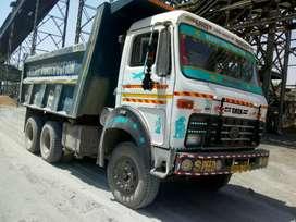 2 vehicles Tata hywa & leyland hywa