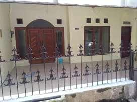 Rumah  dkt jln Raya