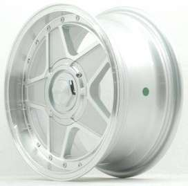 ULTIMATE JD5047 HSR R15X7 H8X100,114,3 ET35 SMF