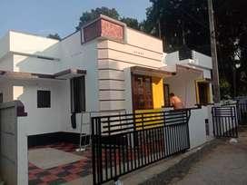Ready to occupy 3 bhk 850 sqft house at varapuzha near neerikkod