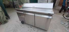 Pizza preparation table under counter chiller we hve all pizza oven