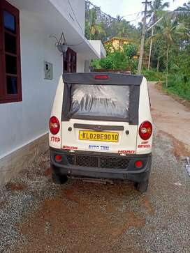 Mahindra jeeto mini van lxd , money problem