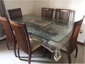 Price Drop !! Dining table with 6 chairs