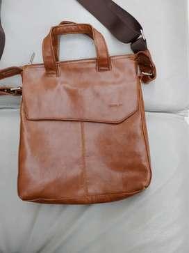 Goblin ipad bag pure leather