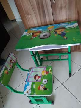 Kids STUDY TABLE(New Excellent condition)near Nagasandra Metro
