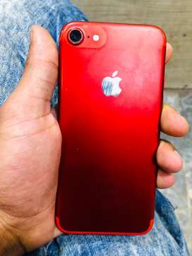 iPhone 7 red 128 gb