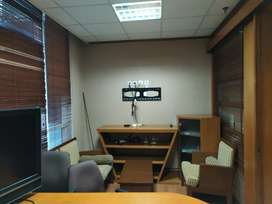 Sewa Office Space Moderen Fully Furnished Harga Ideal