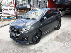 Daihatsu Ayla 1,2 R Deluxe Manual th2018 warna Abu abu metalik