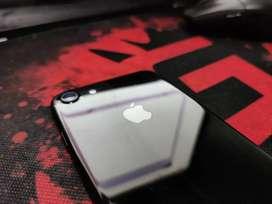 iPhone 7 128GB Jet Black with Box