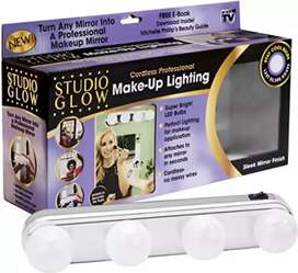 Make Up Light With Bright 4 LED Bulbs Portable Cosmetic Mirror Light