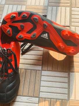 Football shoes(Adidas original)