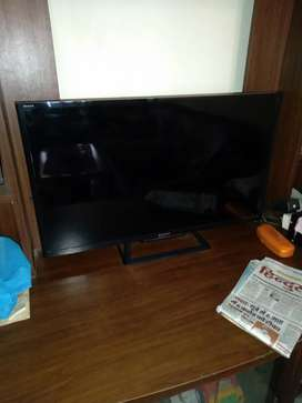 TV lcd 32 inches  sony