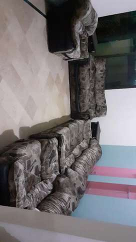 Sofa set shisham orignal strong wood