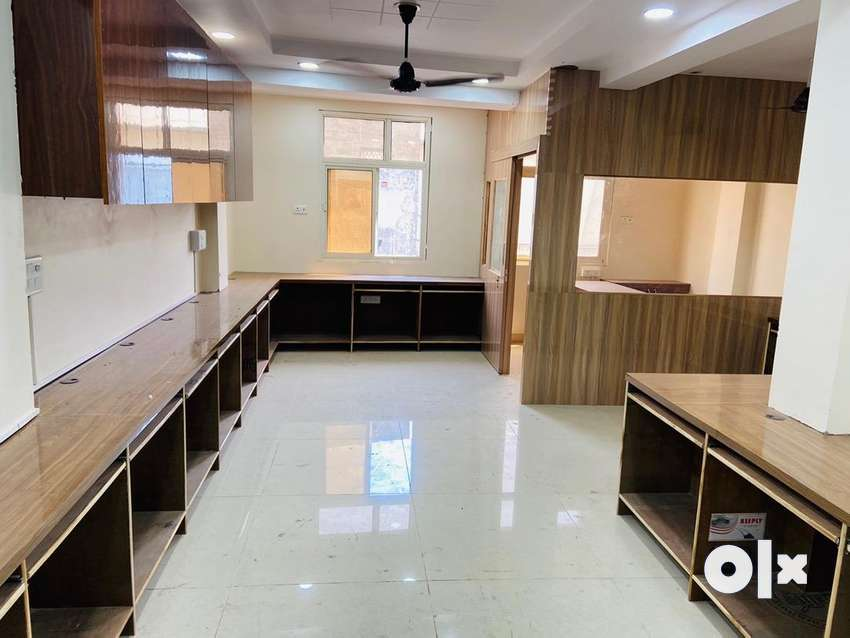 Fully furnished office space on rent in laxmi nagar