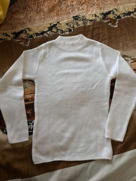 white high neck sweater pulover for 9 to 11 year boy/girles