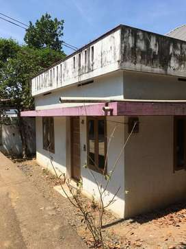 3 cent plot with house for sale in PERUMBAVOOR