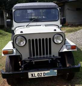 Mahindra jeep DI 500 Good condition  all papers clear