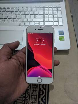 iPhone 8 gold 256 GB at 35000 only