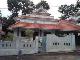 10 cent plot and houses for sale - Rs 17500000